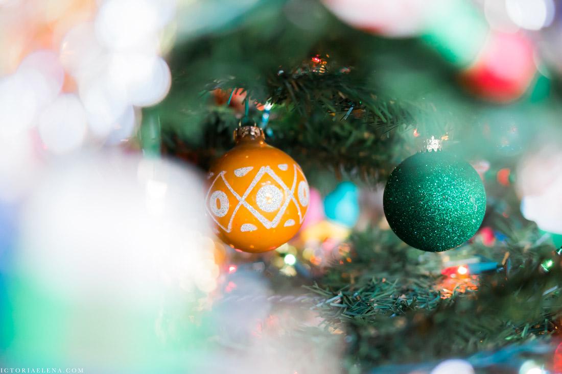 w-moms-christmas-ornaments-by-victoria-elena-9.jpg