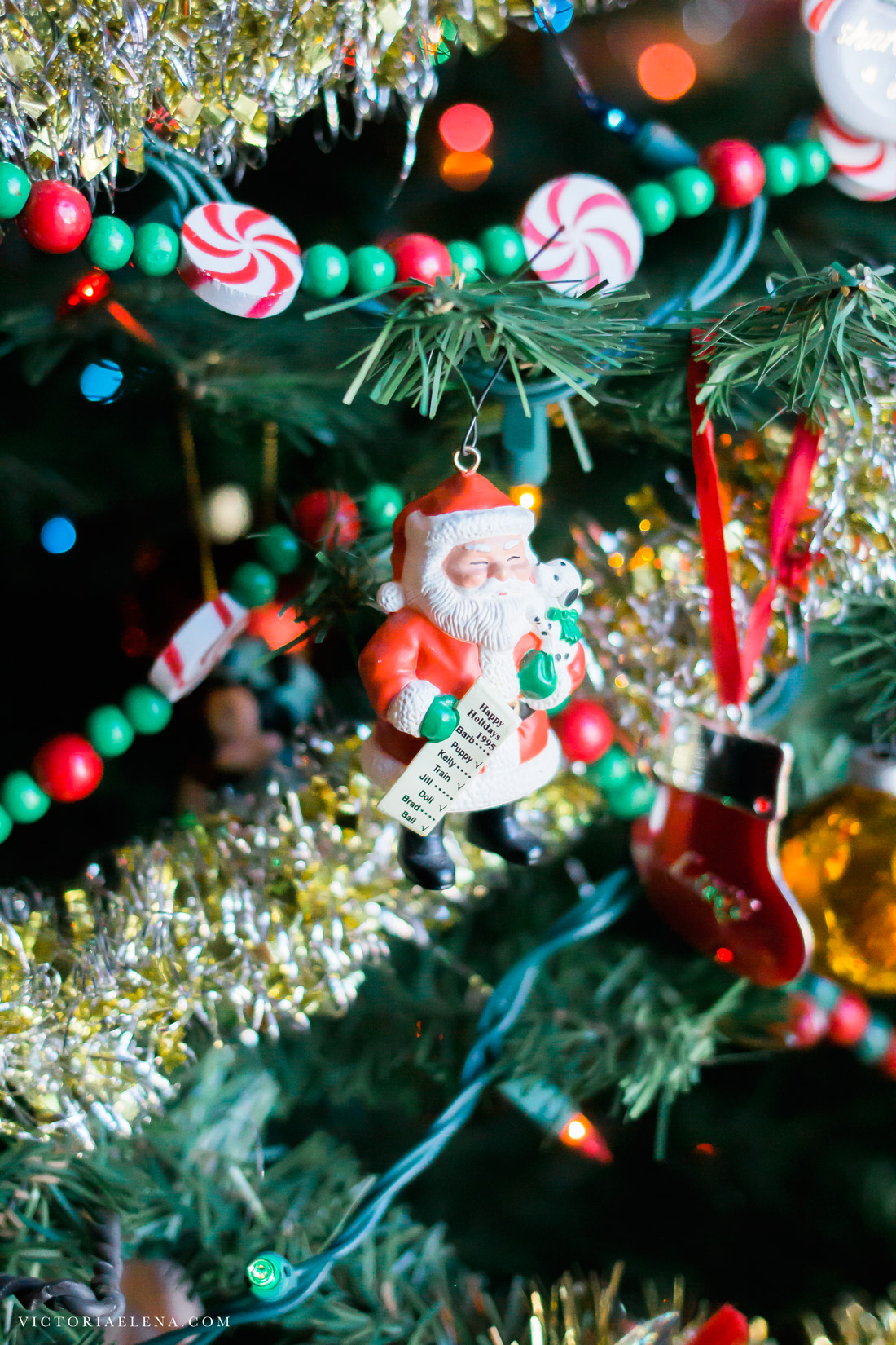 w-moms-christmas-ornaments-by-victoria-elena-8.jpg