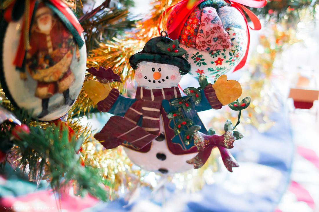 w-moms-christmas-ornaments-by-victoria-elena-21.jpg
