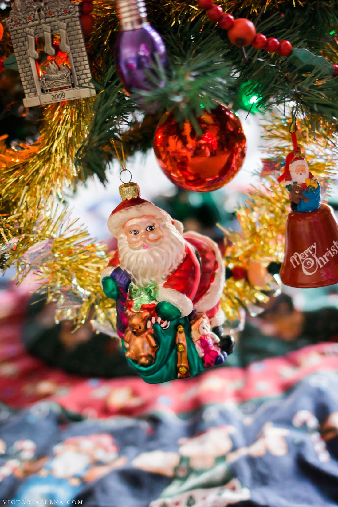 w-moms-christmas-ornaments-by-victoria-elena-20.jpg