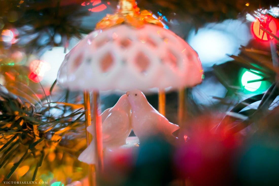 w-moms-christmas-ornaments-by-victoria-elena-28.jpg