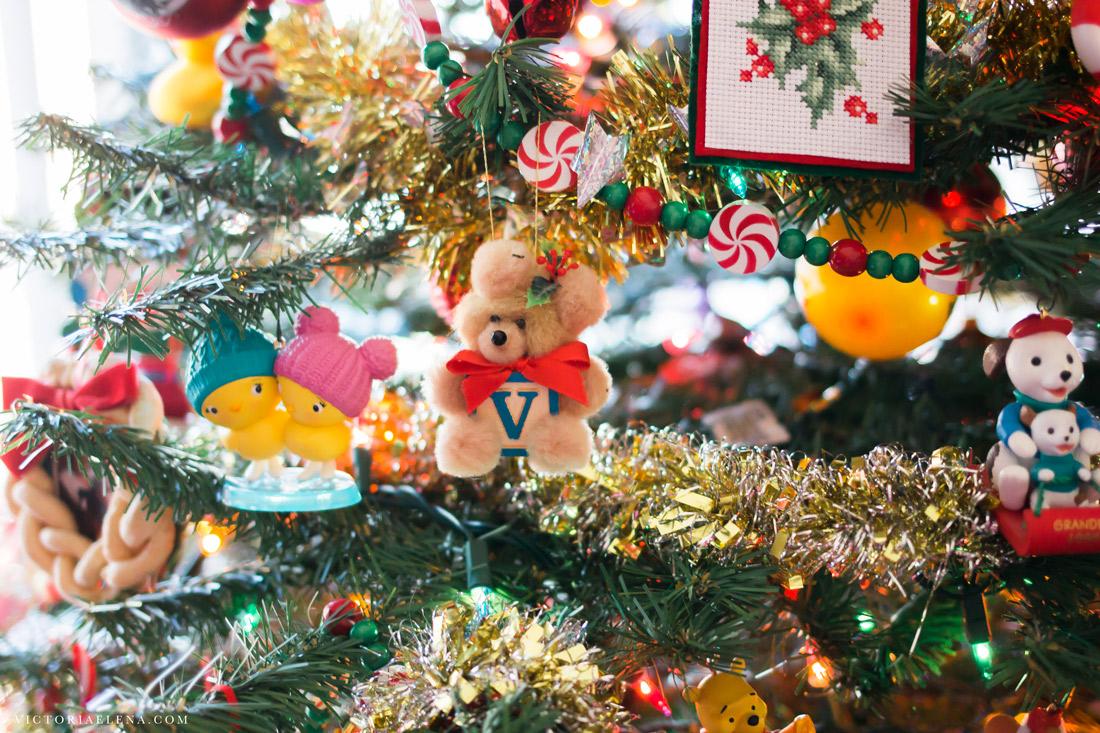 w-moms-christmas-ornaments-by-victoria-elena-31.jpg