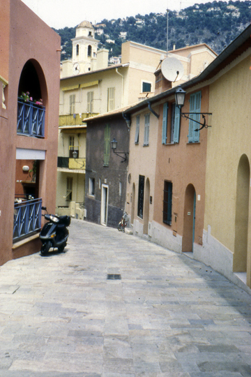 back street in Nice