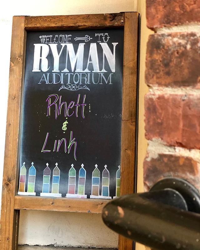 Getting ready for #RhettAndLink: Live in Concert TONIGHT for #NashComedyFest at #RymanAuditorium 🤩 Who's ready to see the show?! • • • • • • • • • • #NashvilleComedyFestival #rhettandlinklive #mythicalmorning #Comedy #nashcomedyfest2019