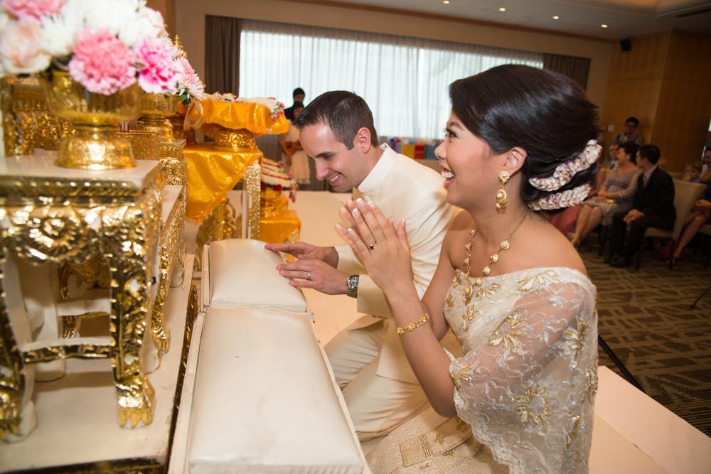 thai-ceremony-320.jpg