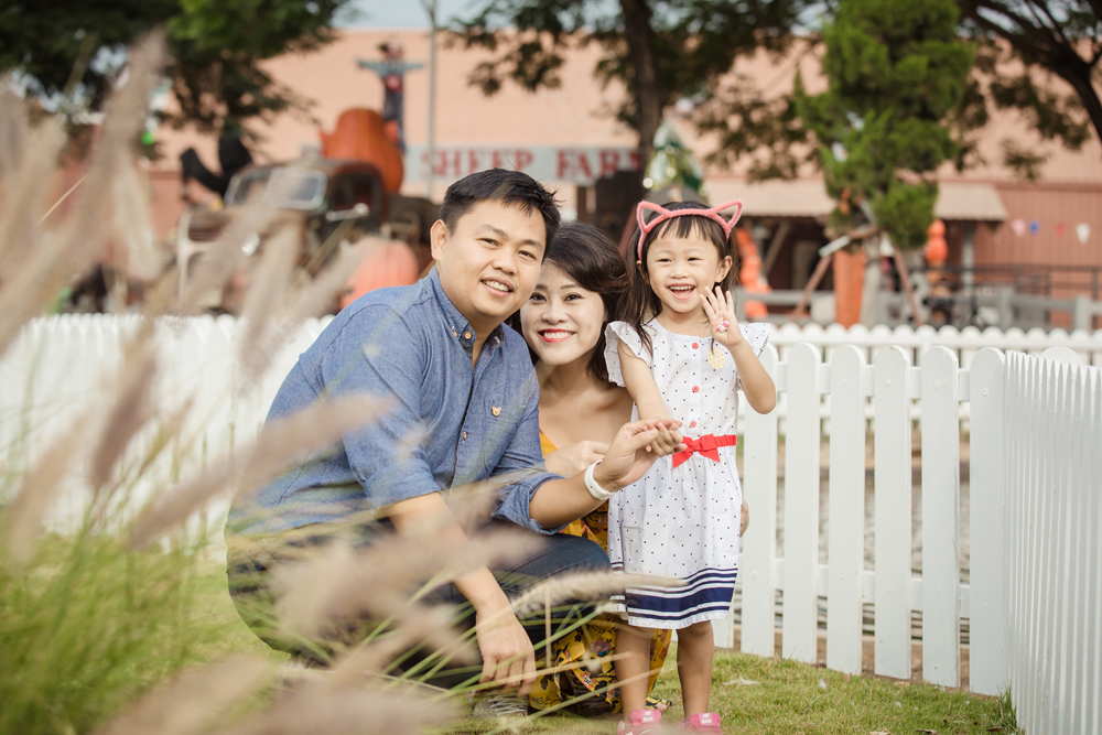 Family Photo Session at Swiss Sheep Farm Hua hin