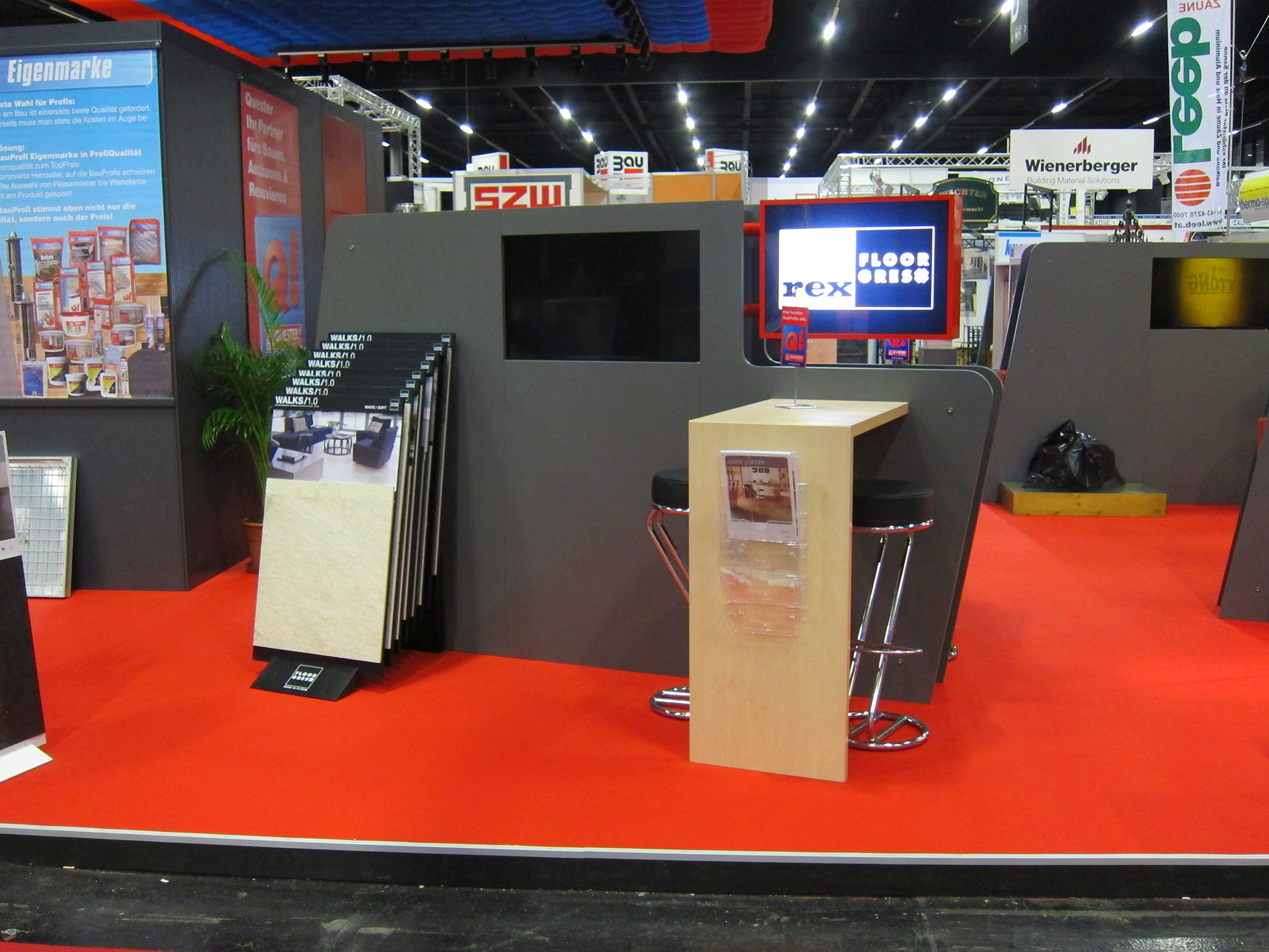 Quester_Messe_03.jpg