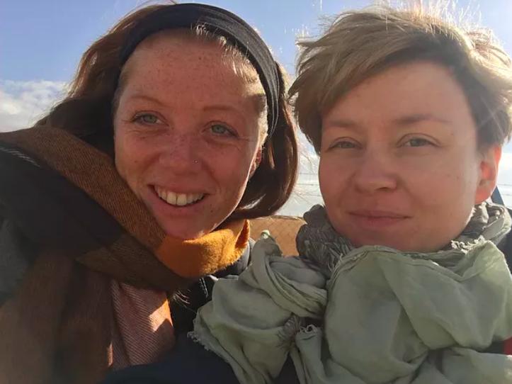 Program Manager and Susanna in Za'atari Camp, District 8