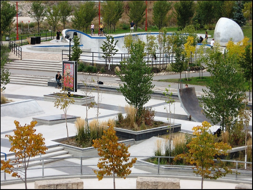 That is a beautiful skatepark!