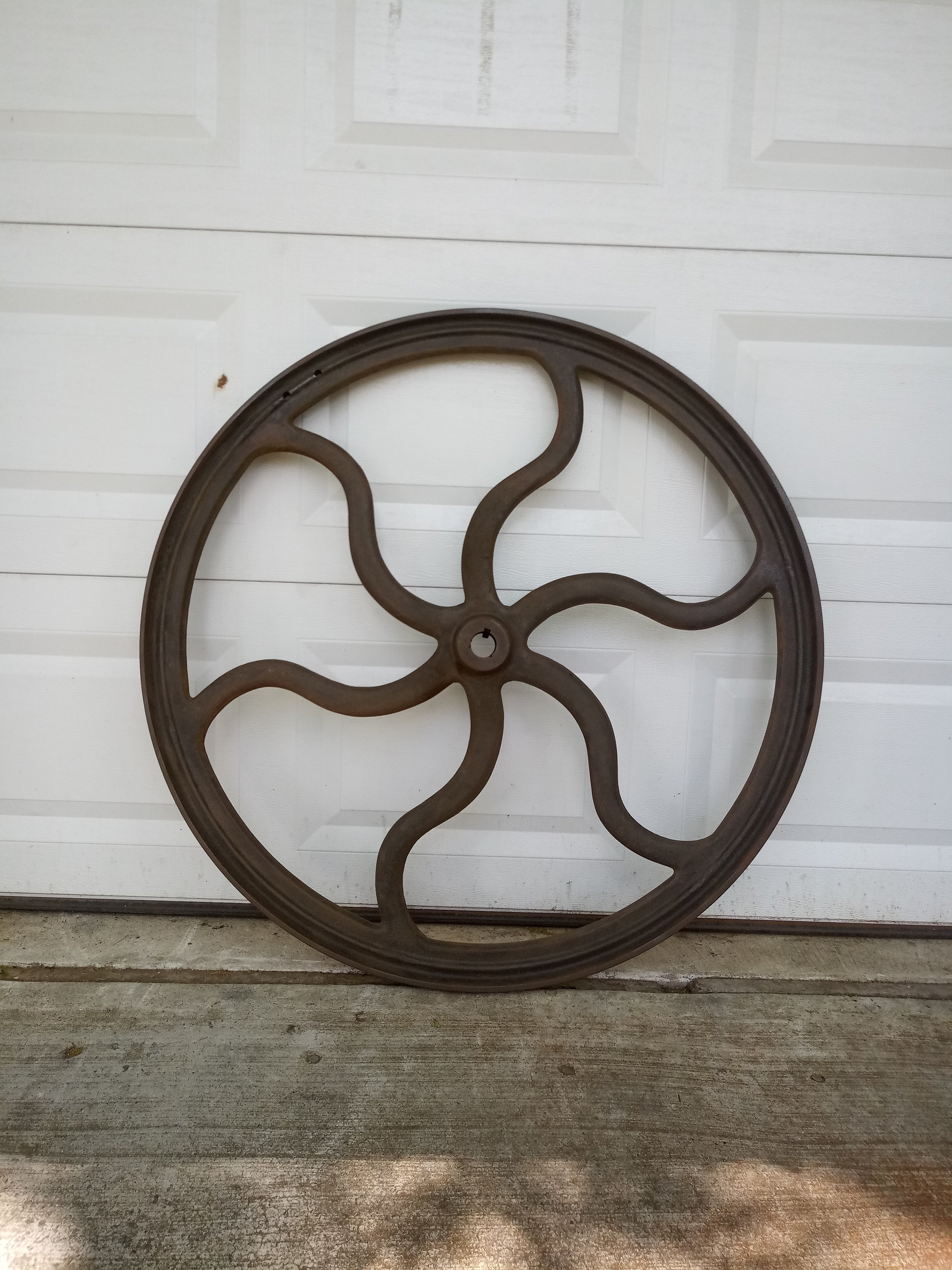 The wheel free of rust is ready
