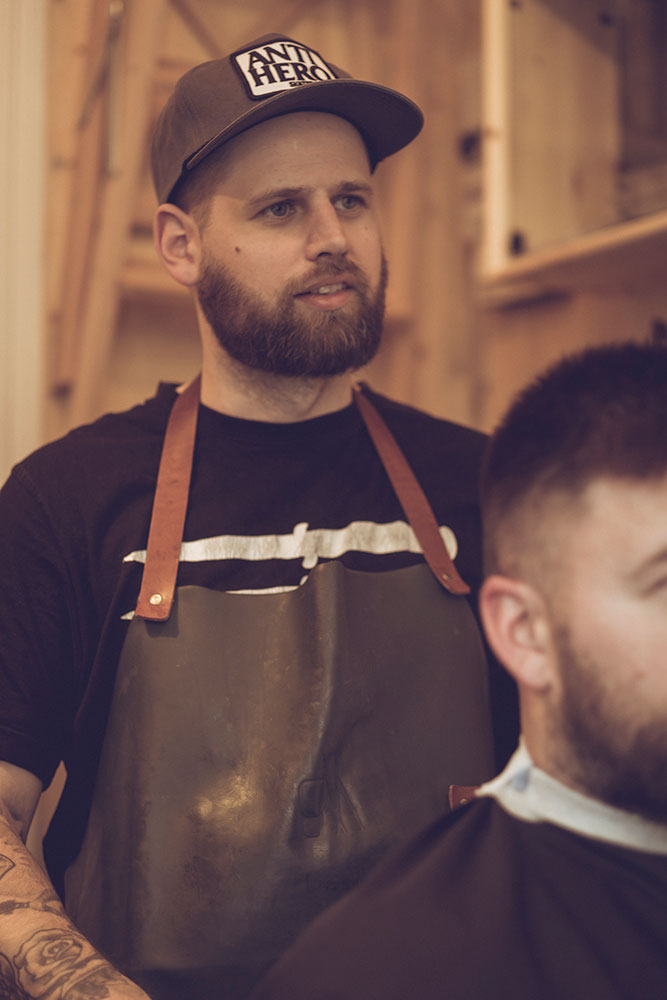 THOMAS LARM - BARBER & OWNER Thomas started Head to Throat Barber Shop in 2013 after been working several years as a professional barber on different barber shops. With more than 10 years working as a barber together with his broad expertise and a genuine respect for the barber craftsmanship he knows that Head to Throat is the right choice for all the men that cares about good haircuts, beard cuts and close straight-razor wet shaves.