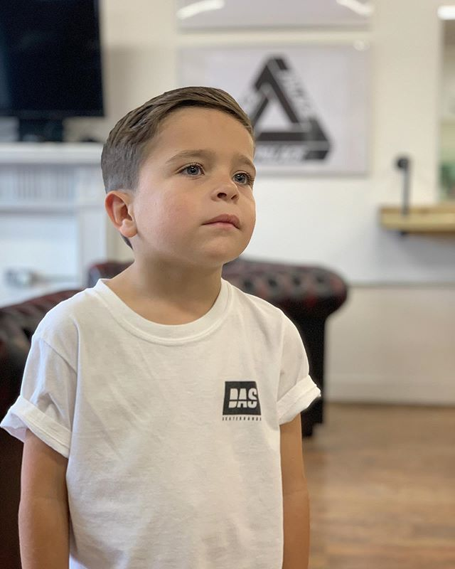 The original Boy About Town. We start haircuts from as young as 4years old. Get booked in using the shop website in the bio. Product used: @boyabouttownbarbers Panache Paste. Mod: River James @kidslondon @bruceandbrown @nca_artists_models @urbanangelshq @graceandgalormodels @boys_hairs_style @tinyangelmodels