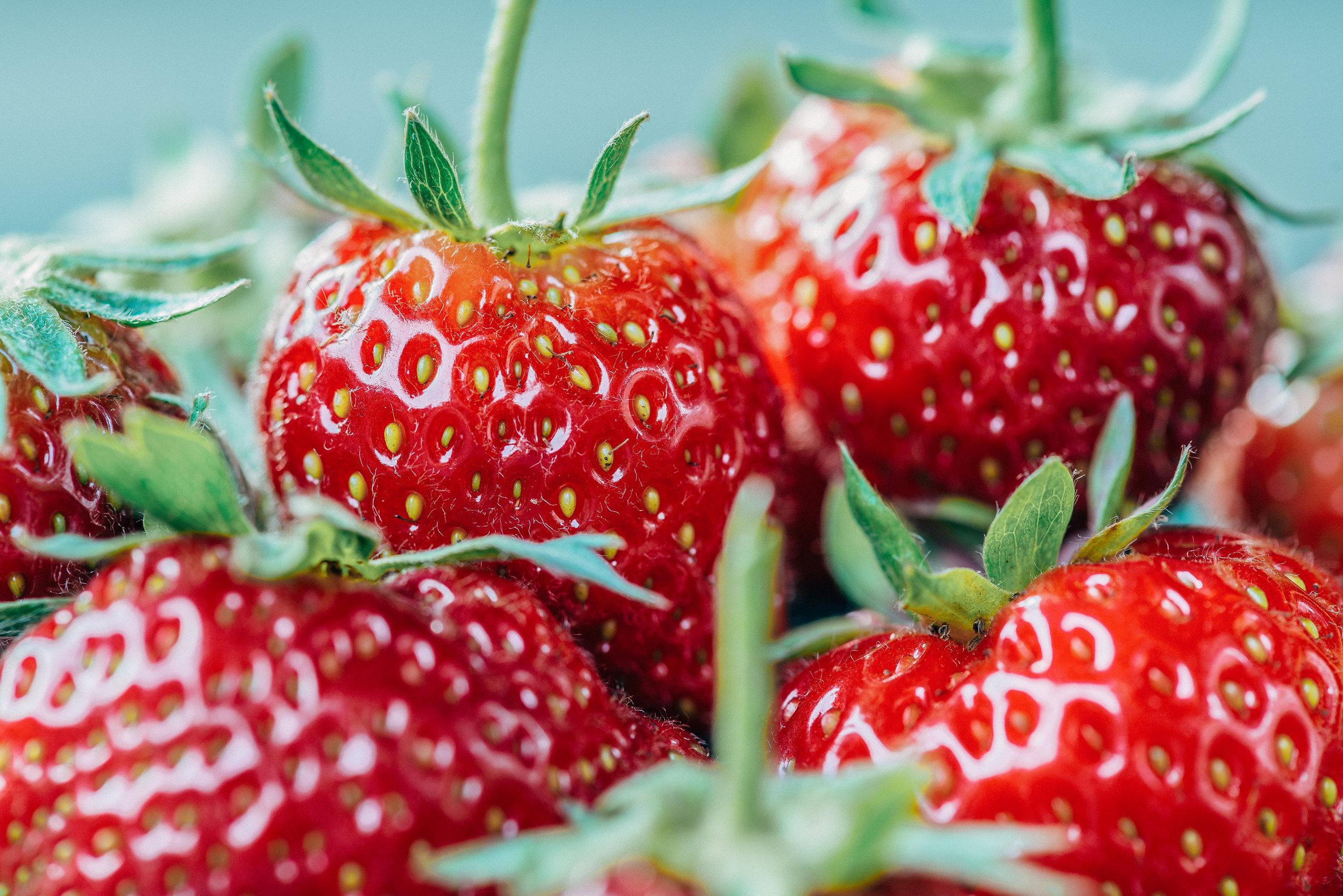 strawberry-Erdbeere-fruit-Obst-Früchte-Summer