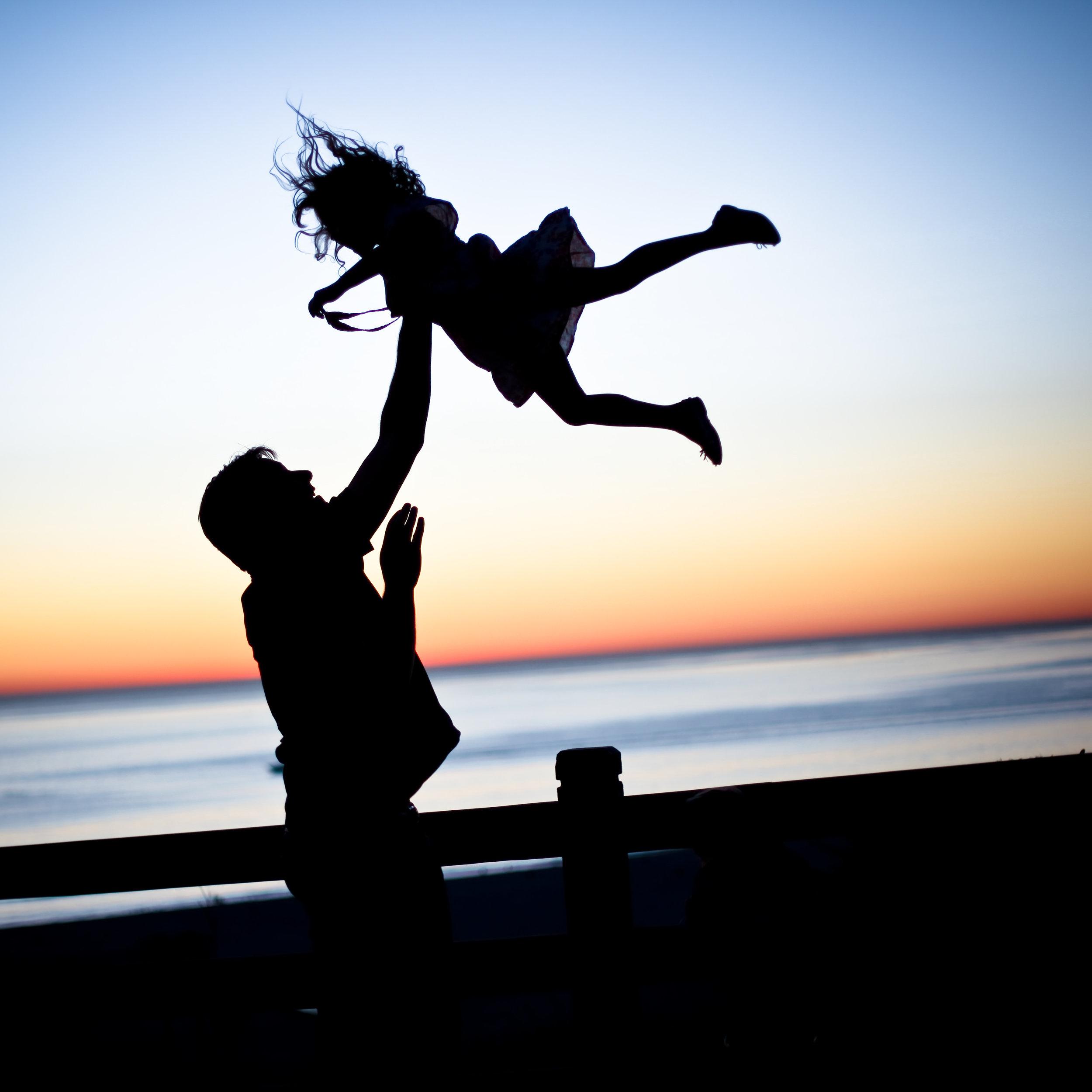 Vertrauen-Trust-father-daughter-Vater-Tochter