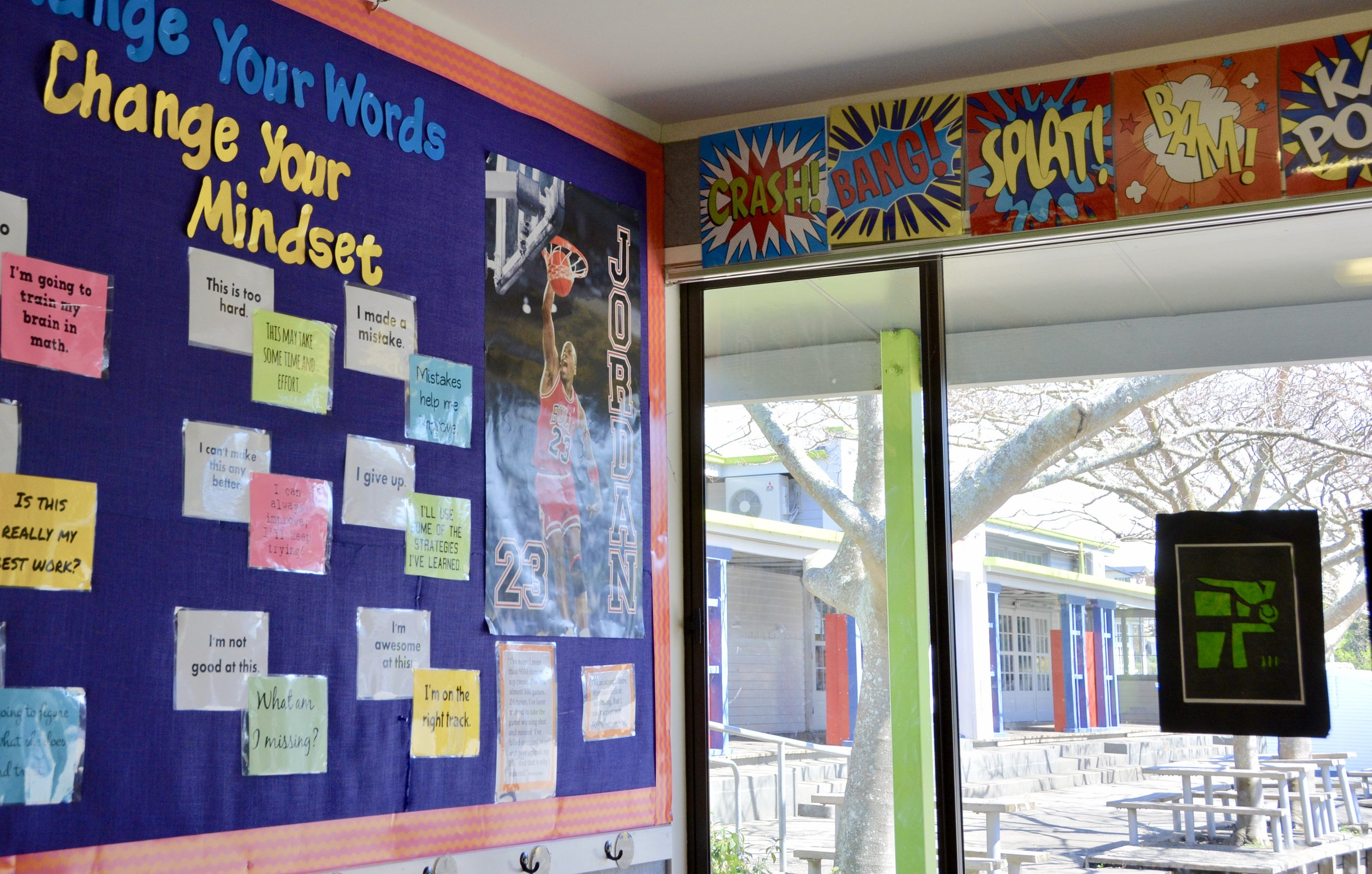 LIGHT AND INSPIRING LEARNING ENVIRONMENTS
