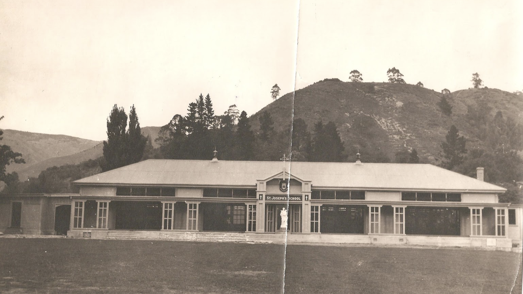 THE NEW BUILDING, 1932