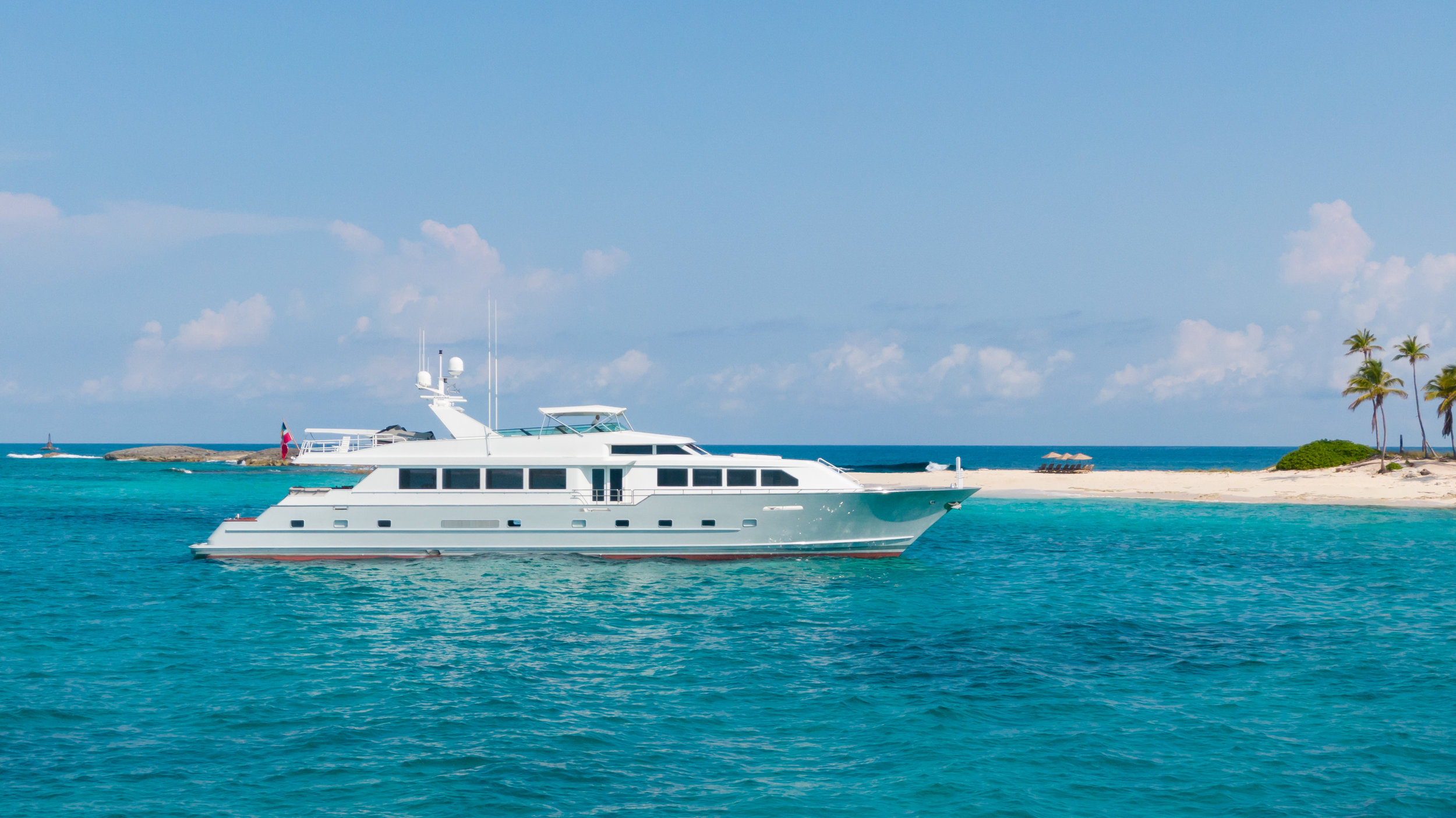 Luxury Yacht Broward Exit Strategy Nassau Bahamas Professional Photography- DJI_0173.jpg