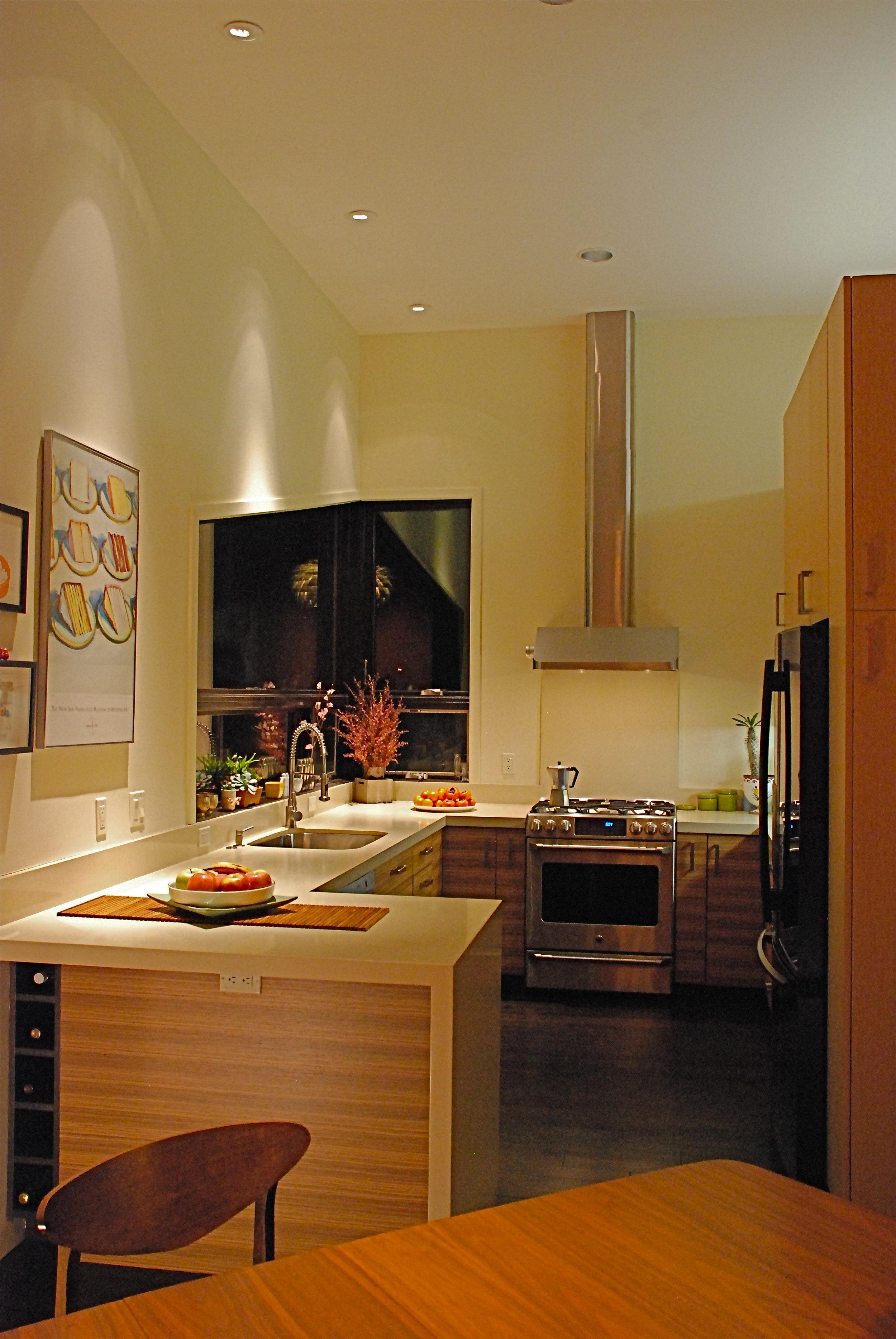 Sun Kitchen.JPG