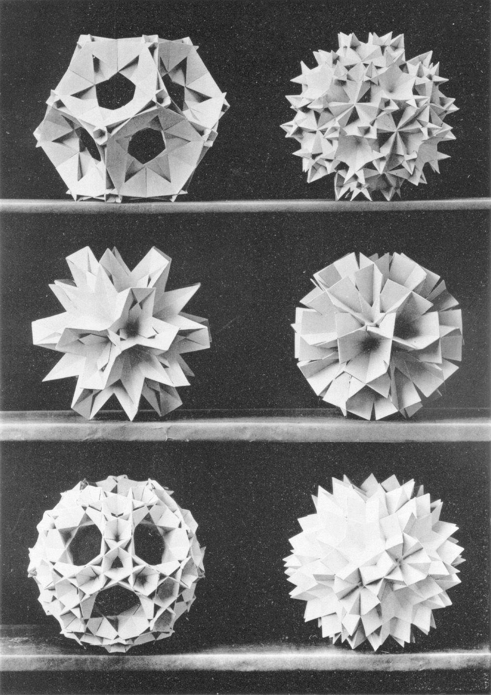 Modelos poliédricos x Max Bruckner, 1906.