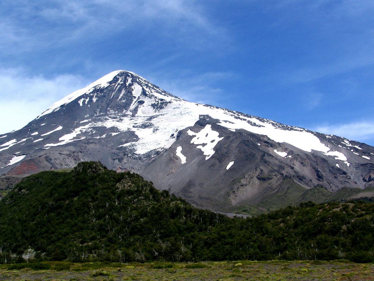 malleo_lanin_volcano.jpg