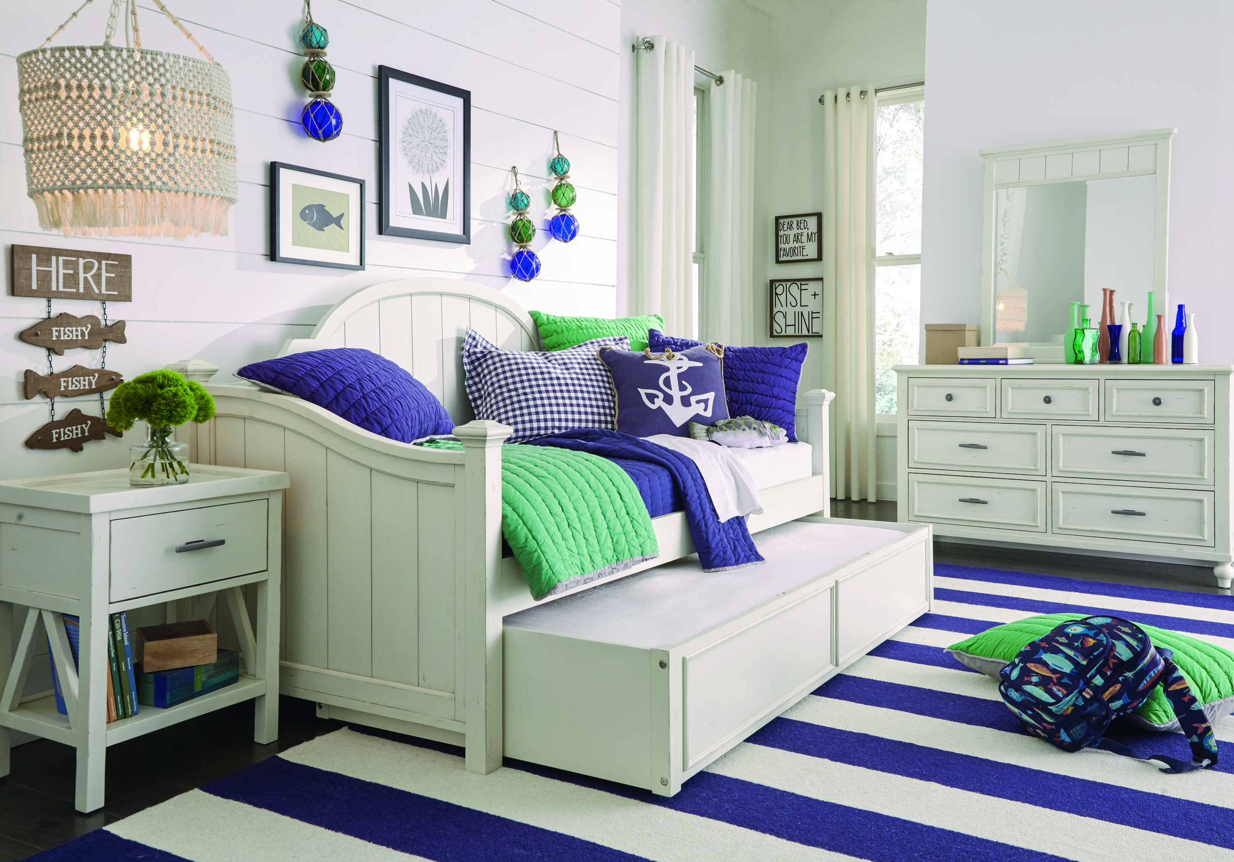 Lake House Trundle Bed.JPG