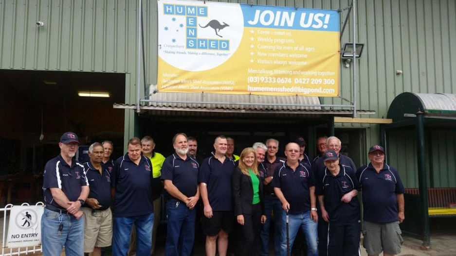The Hume Men's Shed – Cragieburn crew with local state MP Fiona Patten. Photograph via the Hume Men's Shed Cragieburn Facebook page, used with permission.