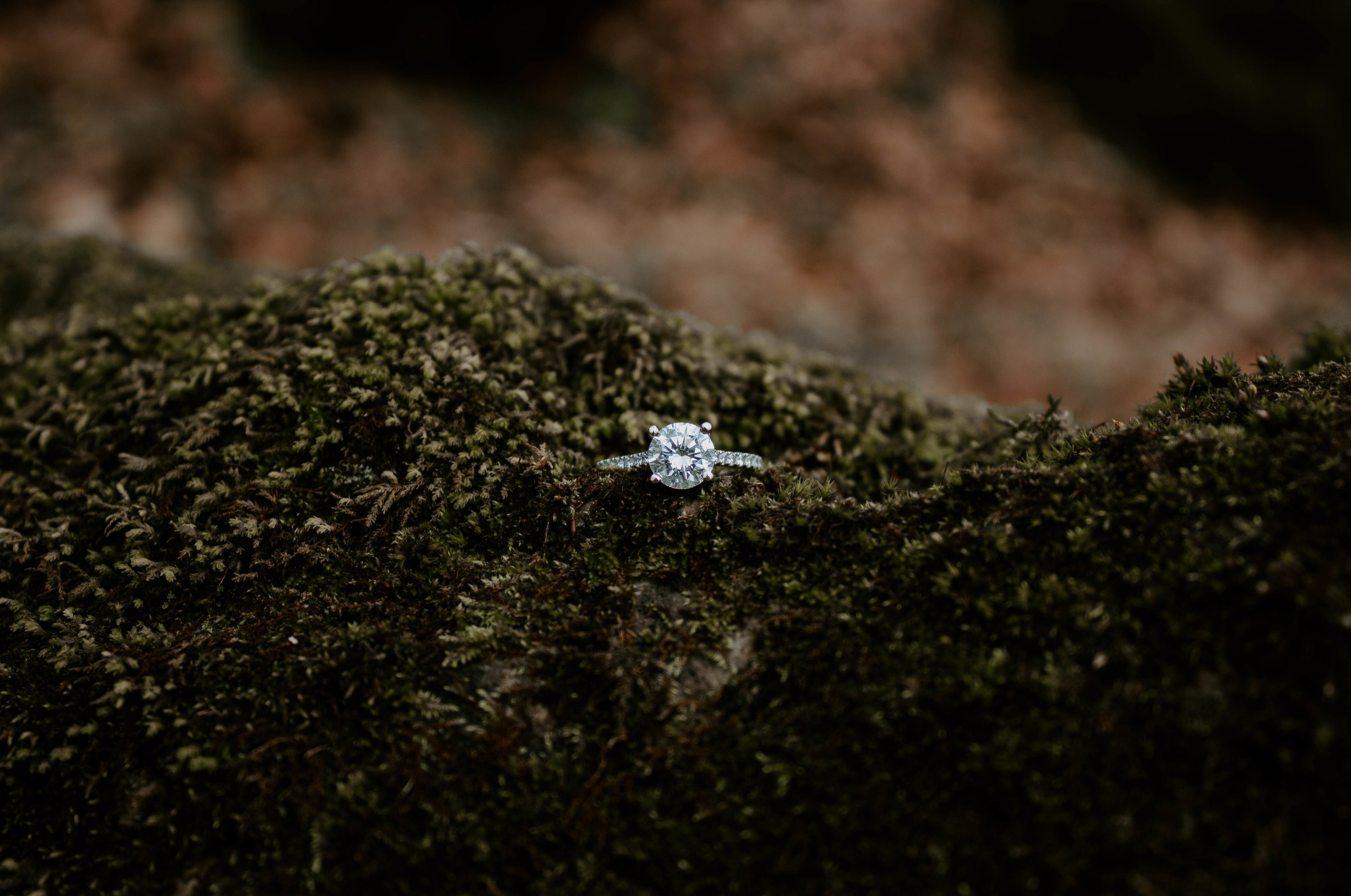 engagement-ring-tennessee-wedding-photographer.jpg