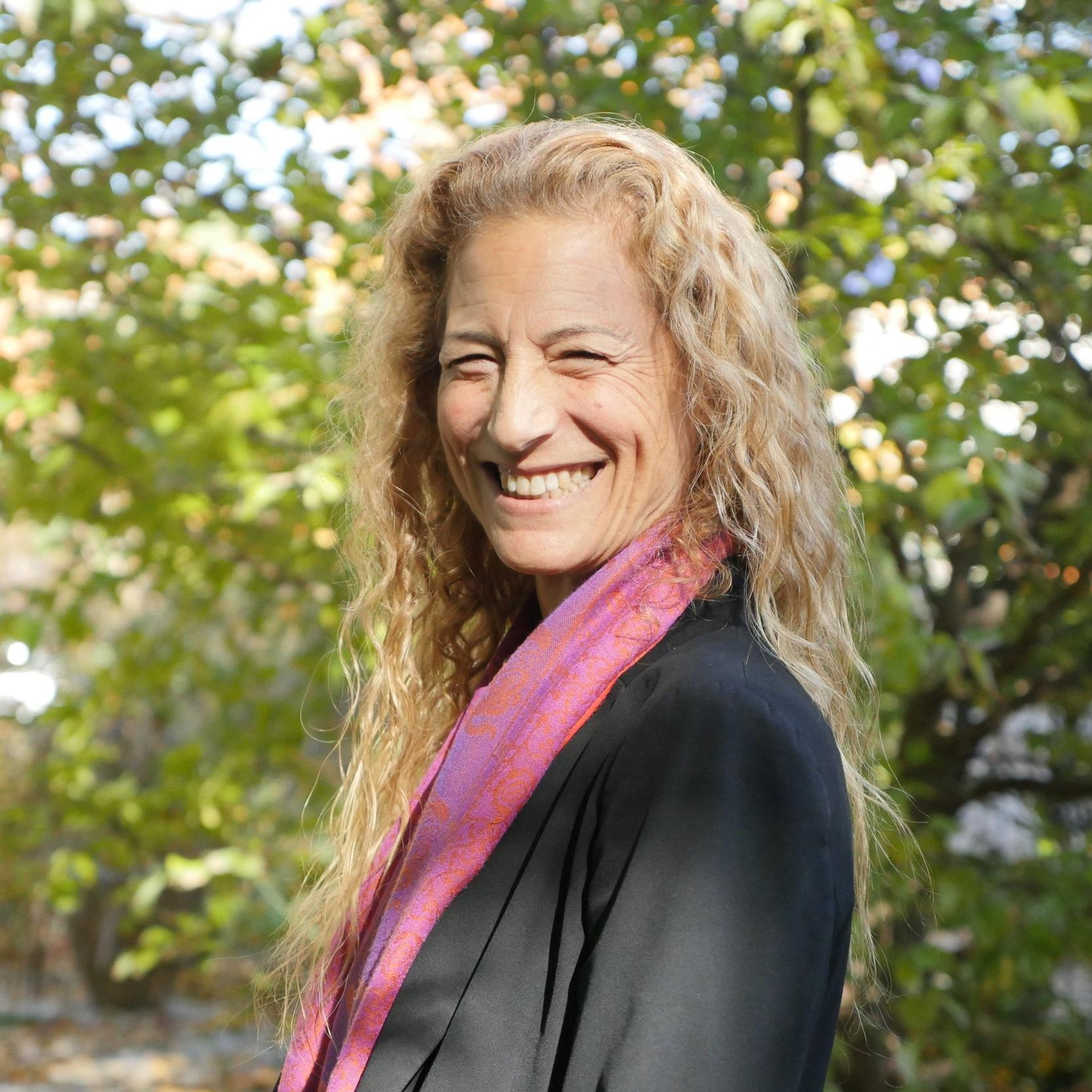 Alexia Salvatierra - Co-author of