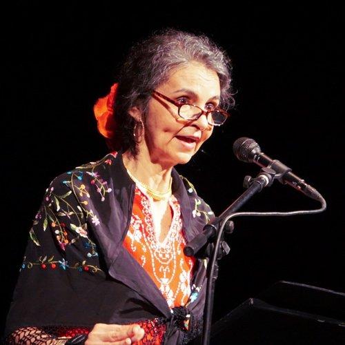 Amparo Garcia-Crow