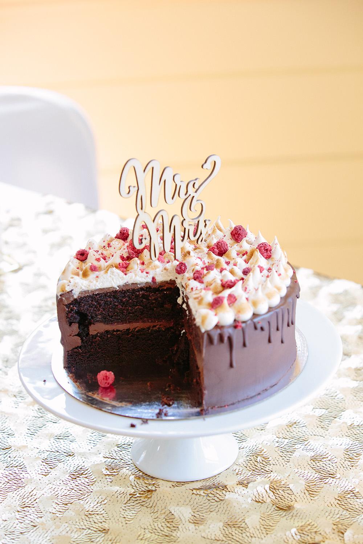 the-best-wedding-cake.jpg