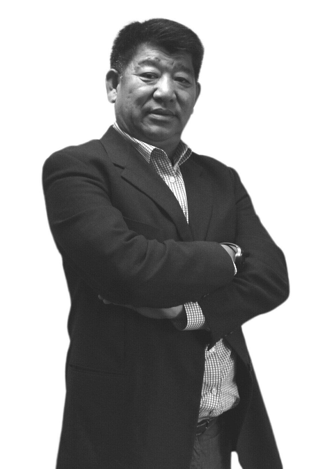 Yan Sun  General Manager