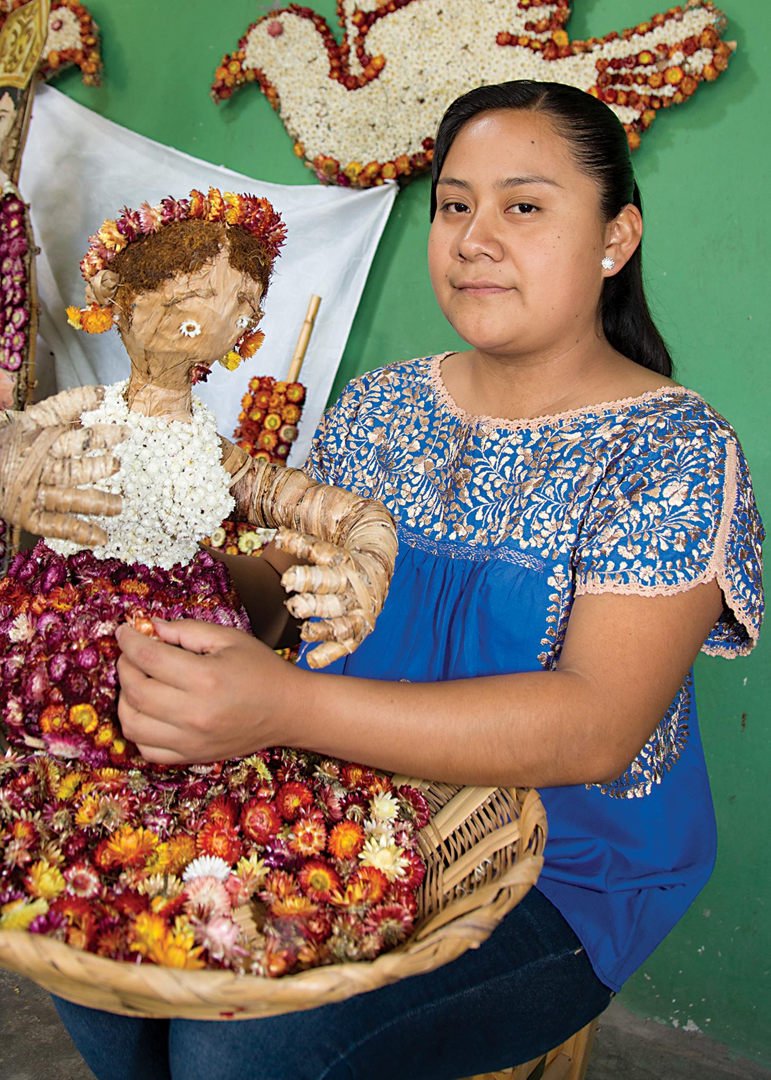 Friends of Oaxacan Folk Arts — Dried flower crafts #3.jpg