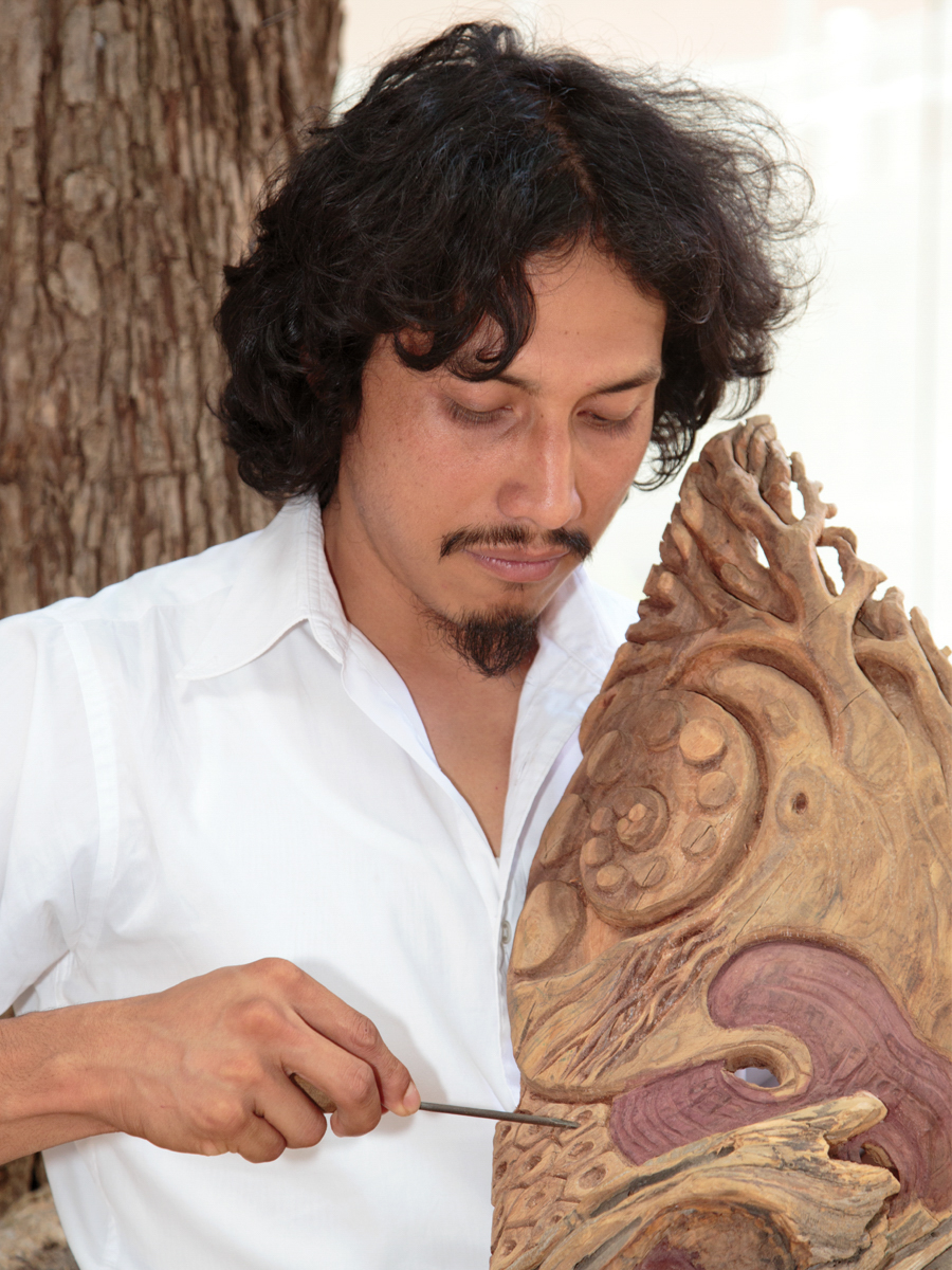 Friends of Oaxacan Folk Art — Woodcarving #23.jpg