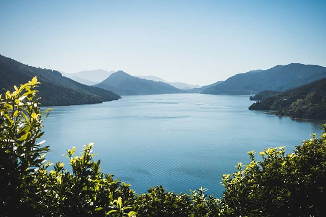 Hidden paradise #photooftheday #newzealand #ocean #mountains