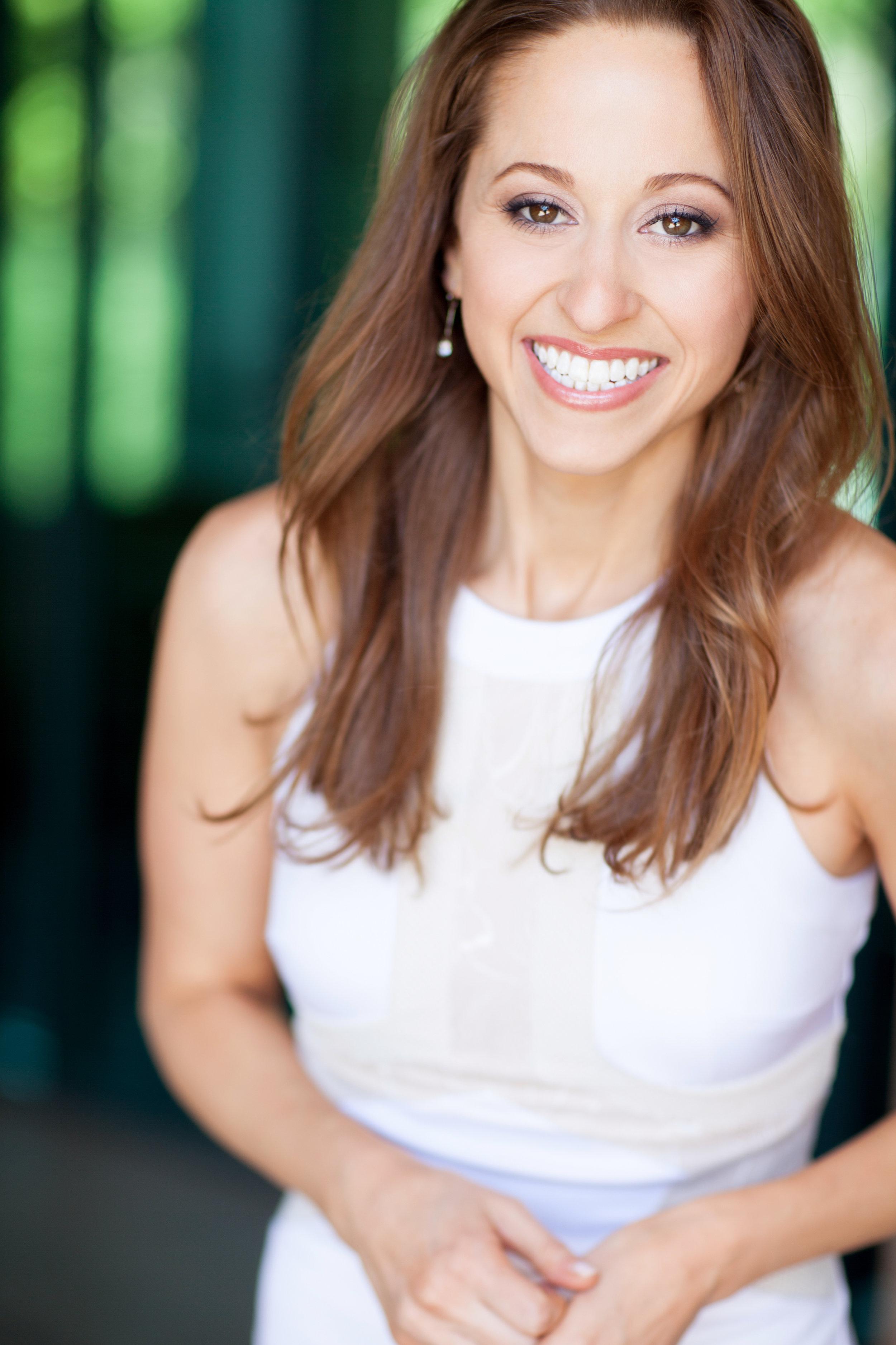ERICA MANDY  Founder & Host of theNewsWorthy