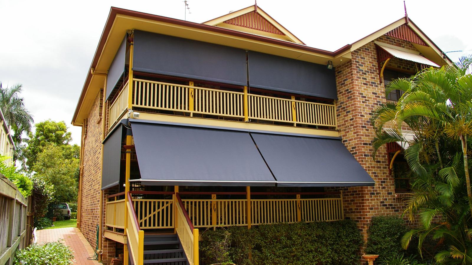 Pivot-Arm-Fabric-awnings.jpg