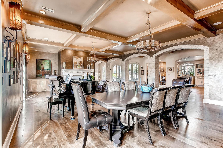 6 Ravenswood Drive Buell-large-029-29-Formal Dining Room-1500x1000-72dpi.jpg