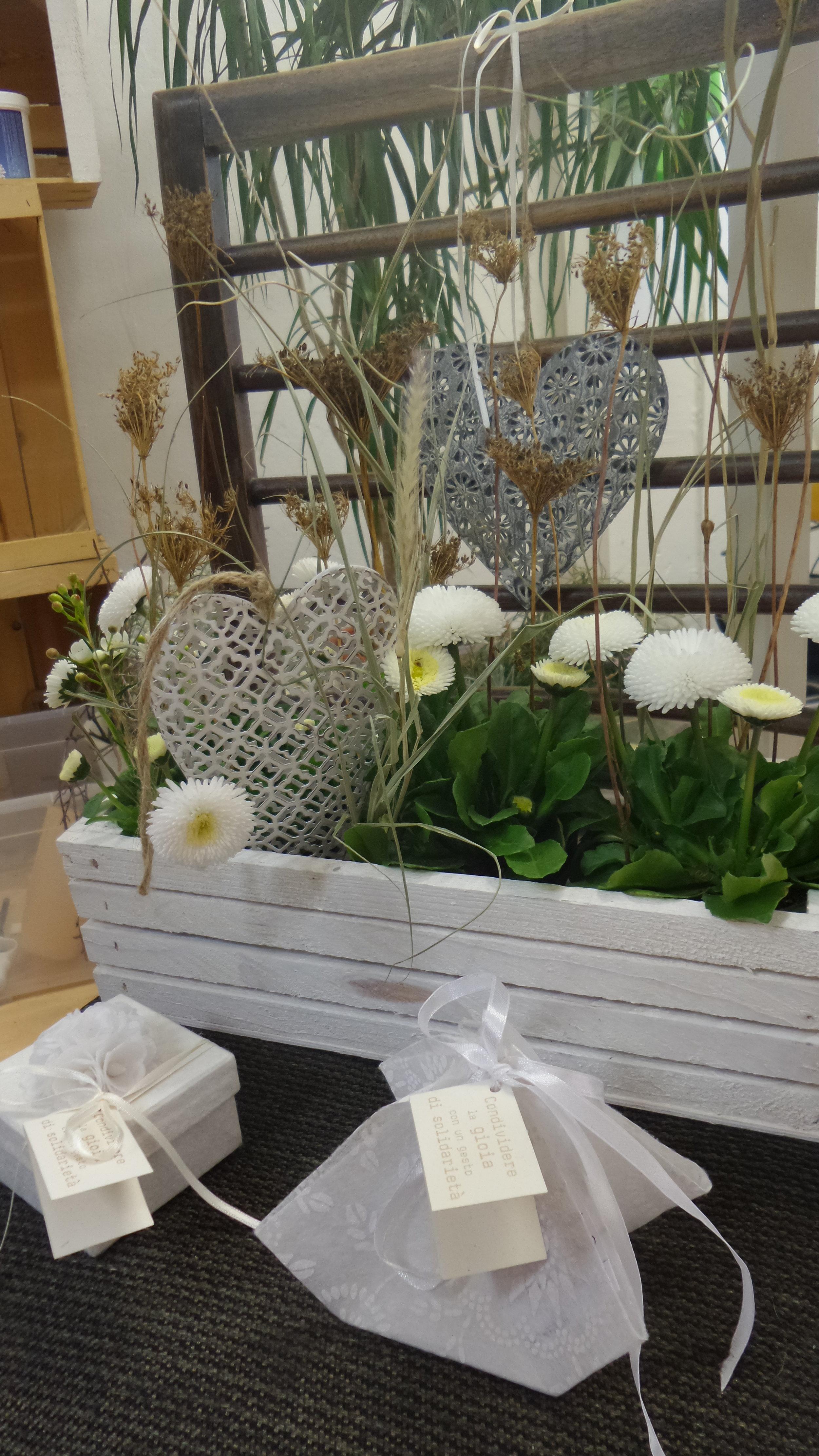 Blumenschmuck Idee - by Elke Eberhöfer von Blumen Blüten