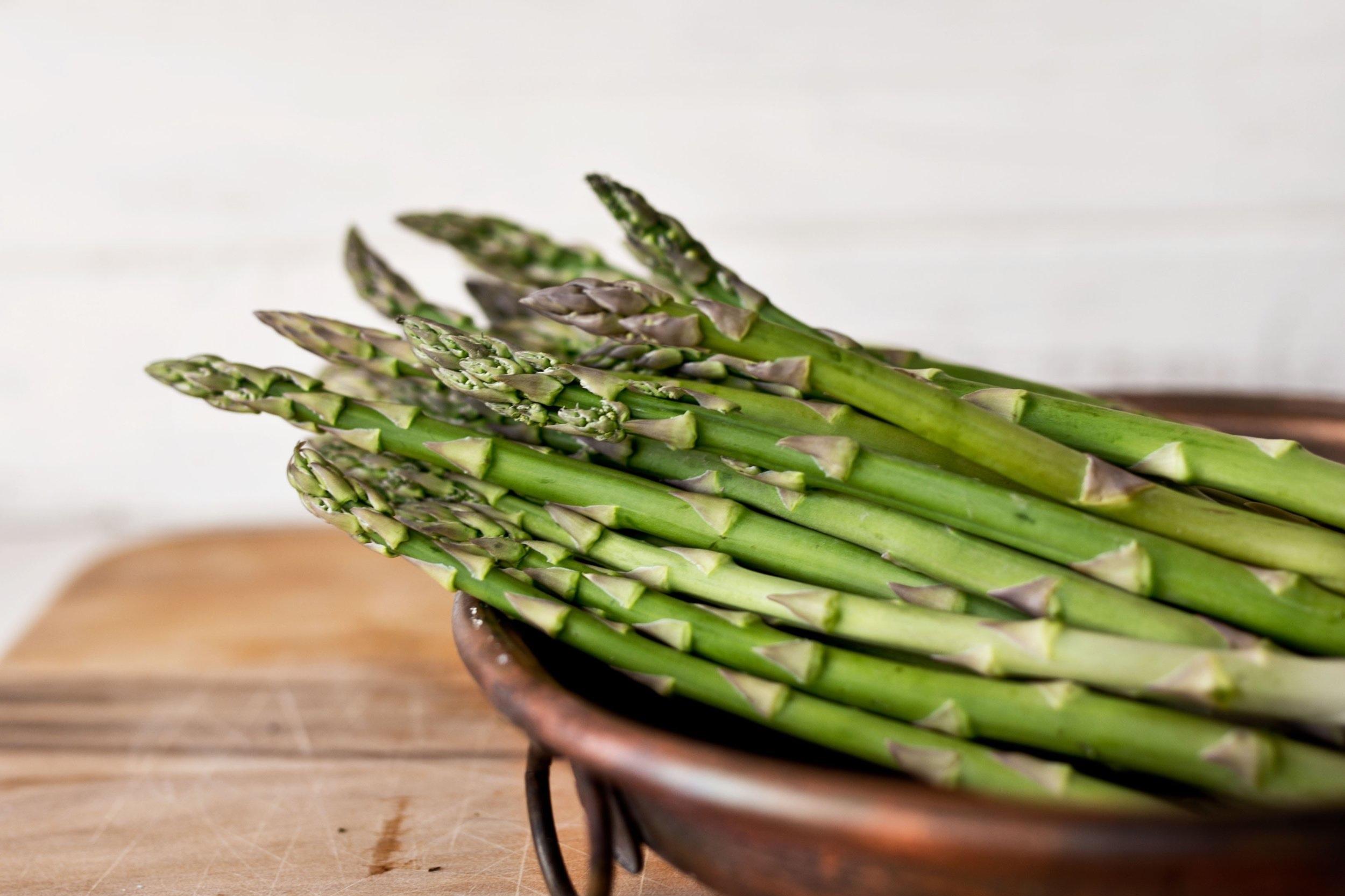 Aspargesen er en smaksrik grønnsak som kan brukes til alle matretter.
