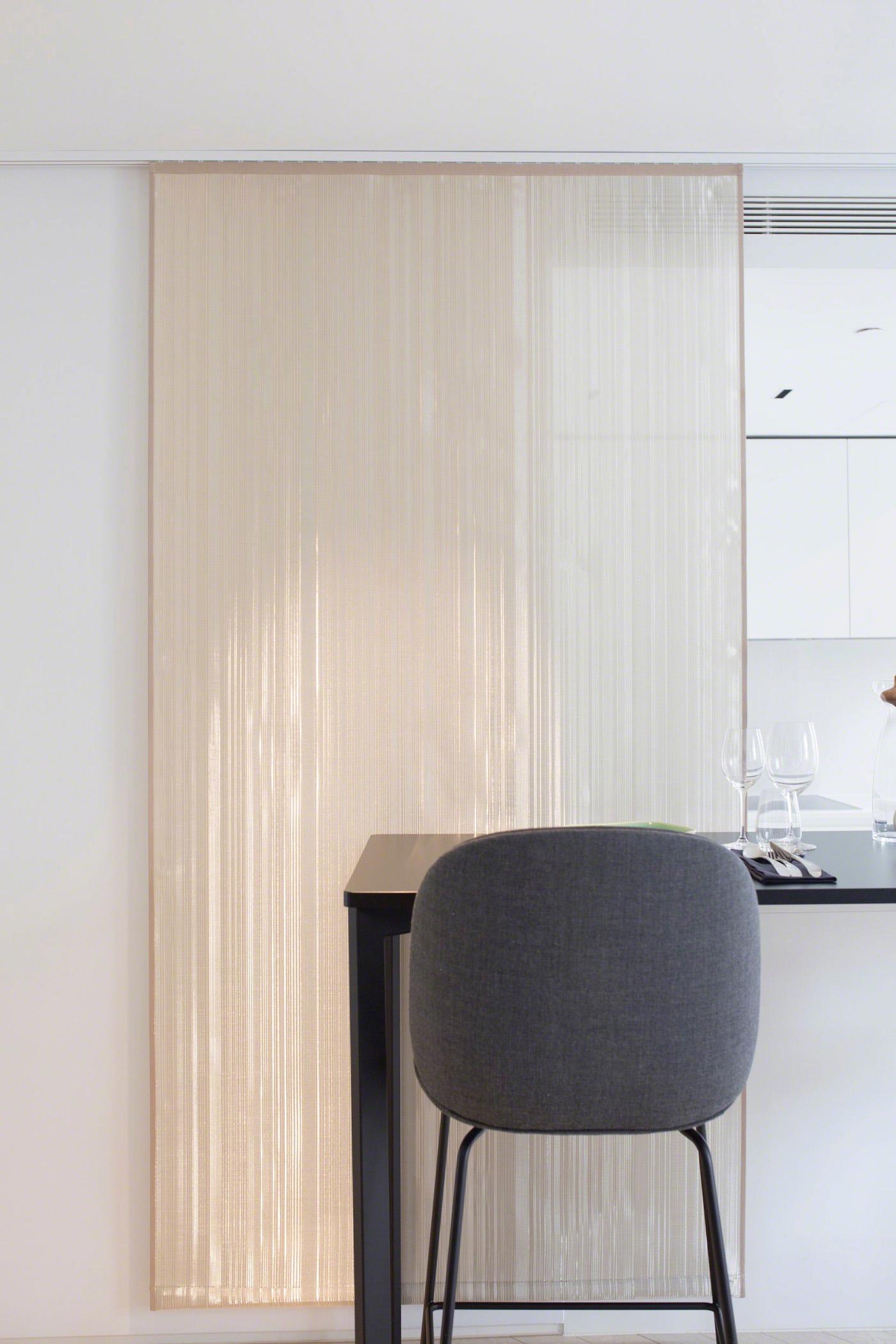 London-Residential-Project-Woven-Metal-Window-Treatment-Sophie-Mallebranche-Paris