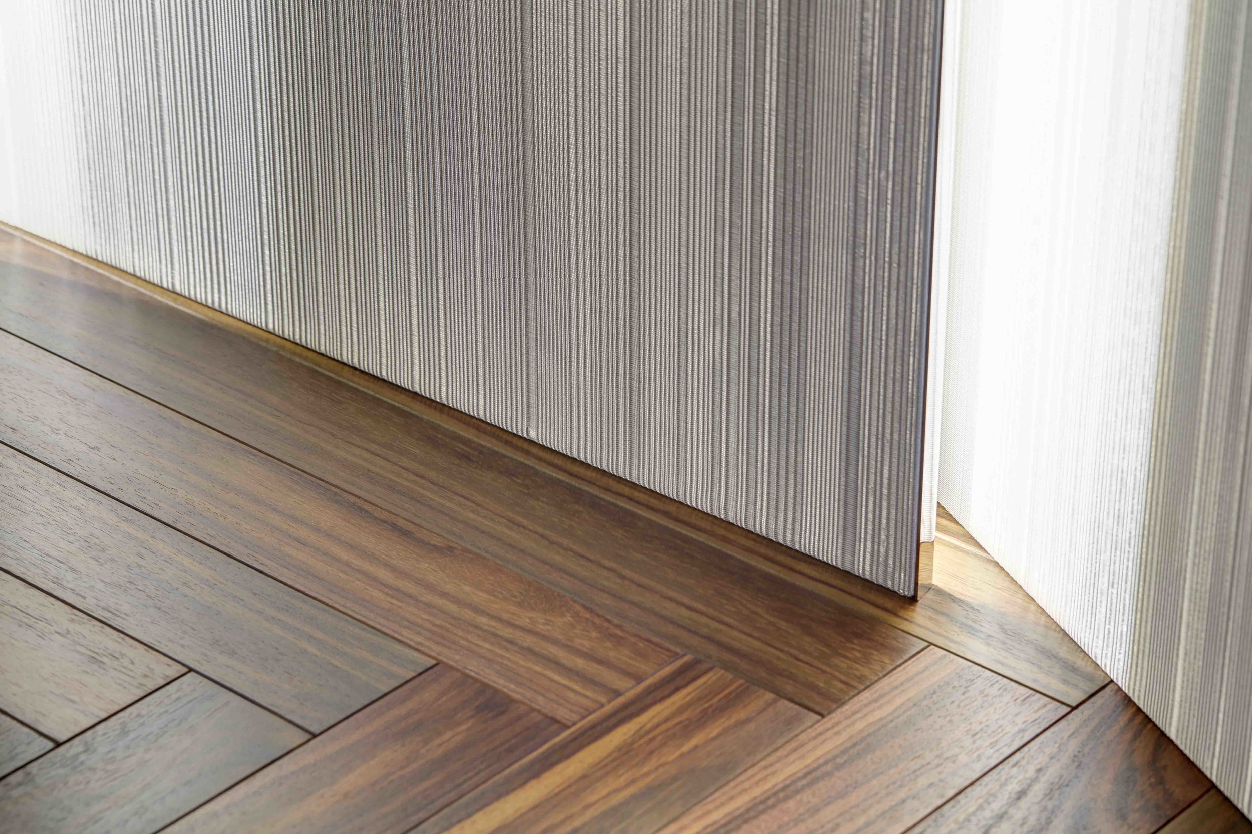 Sophie-Mallebranche-Woven-Metal-Wall-Covering