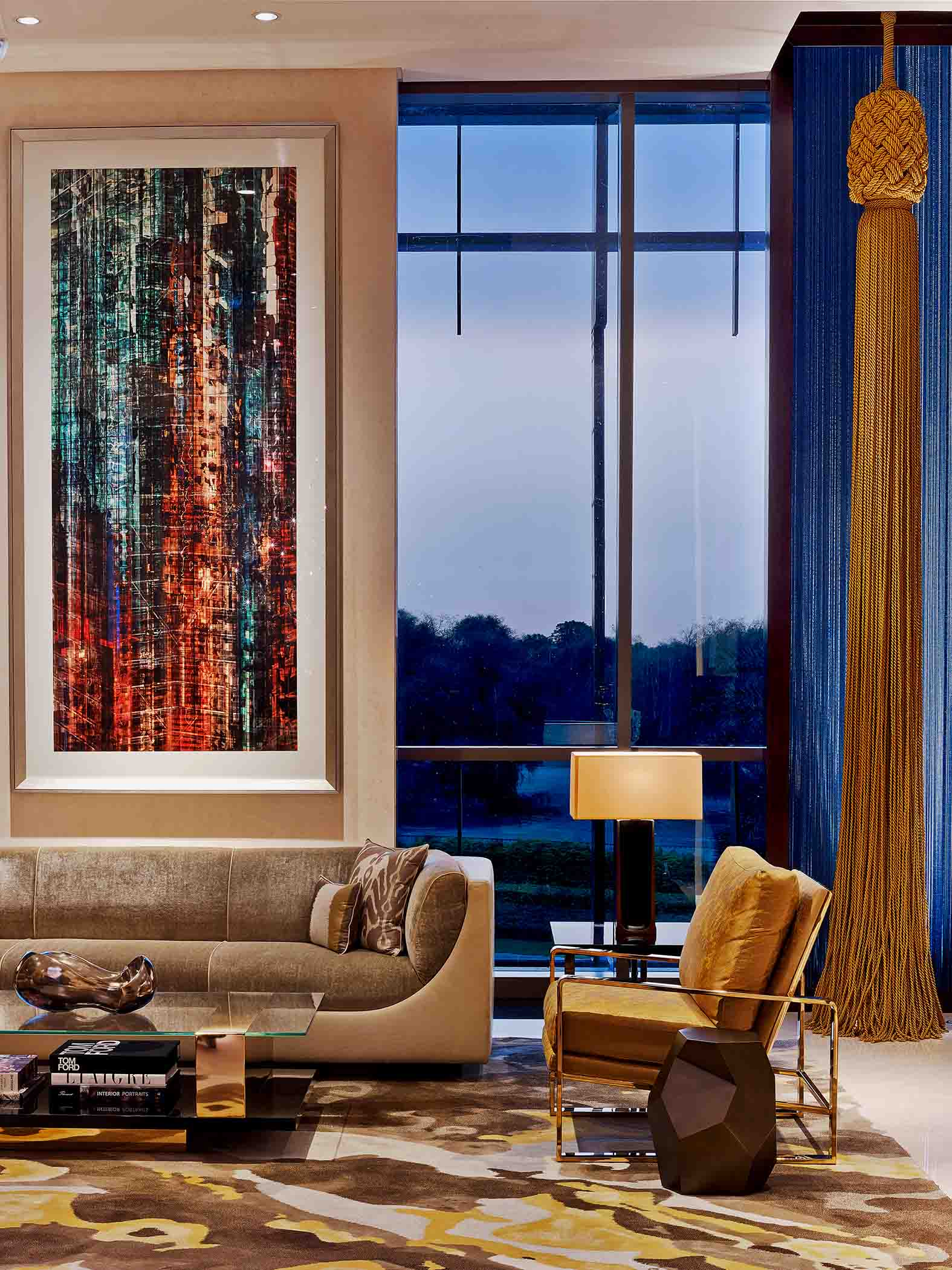 Sophie-Mallebranche-Wall-Covering-Hospitality-Four-Seasons-Dubai-DIFC-Luxury