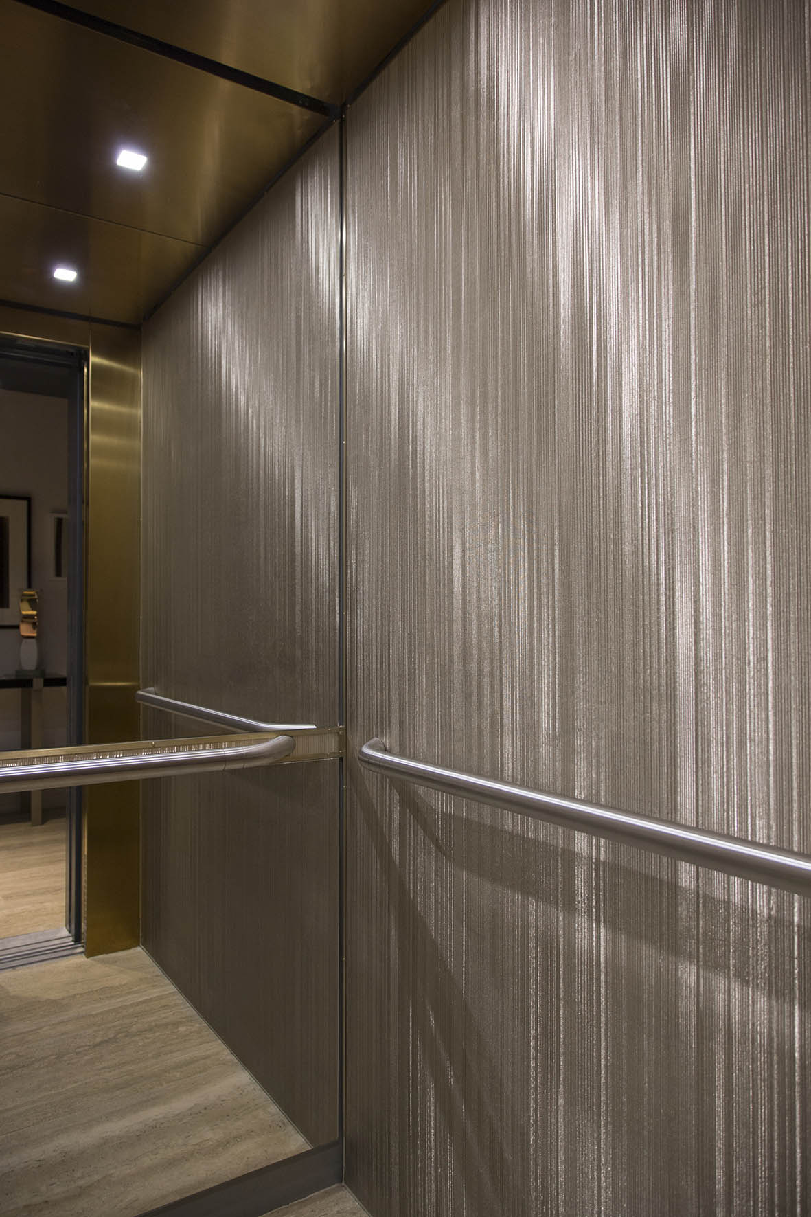 Sophie-Mallebranche-Paris-Hospitality-Le-Marianne-Hotel-Wall-Covering