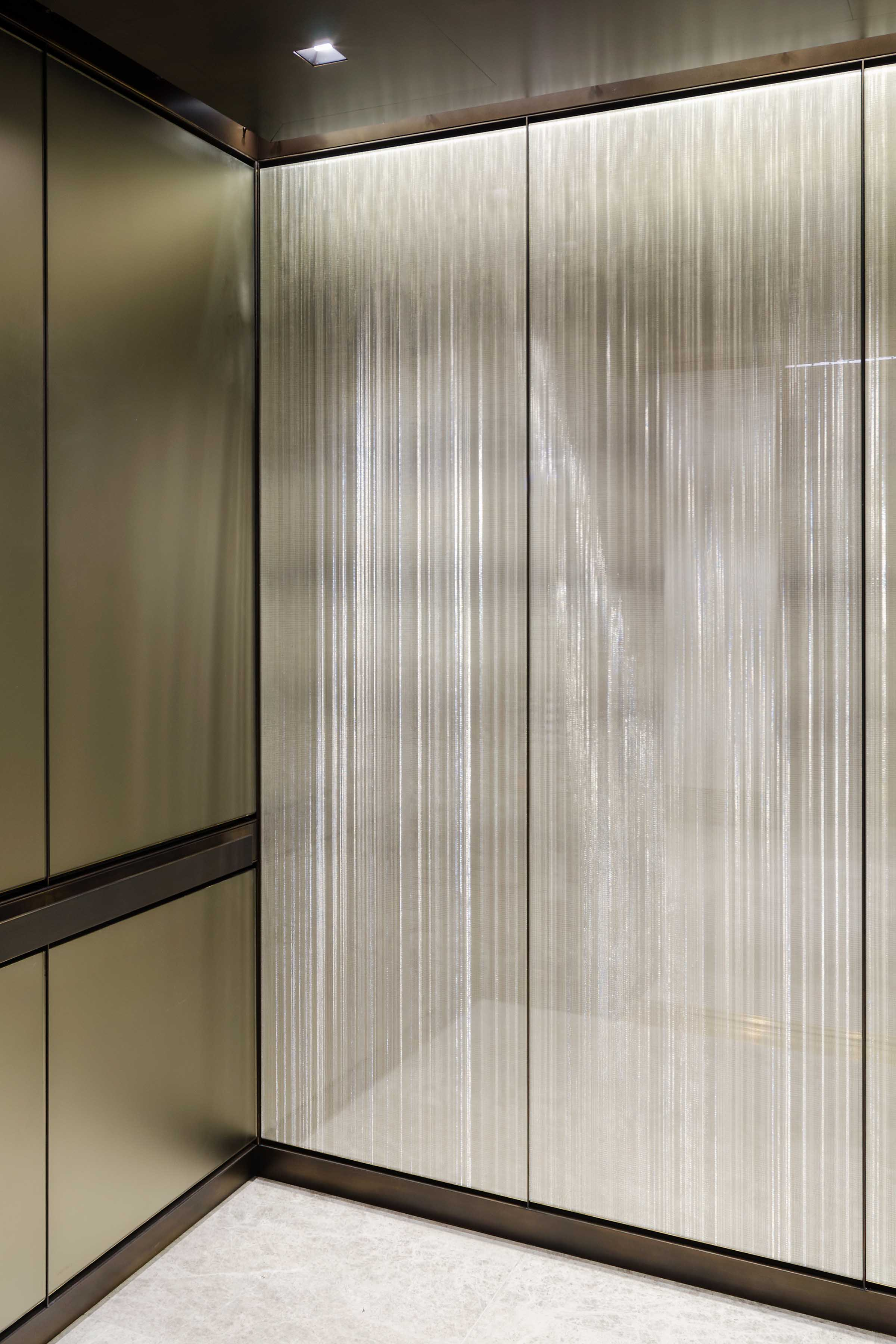 Sophie Malle Branche Metal screen