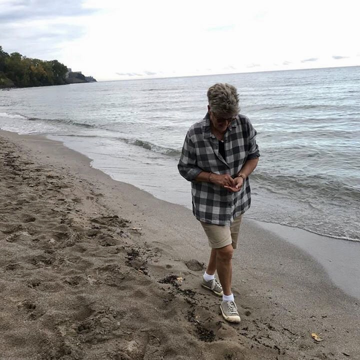 Tracey on beach.jpg