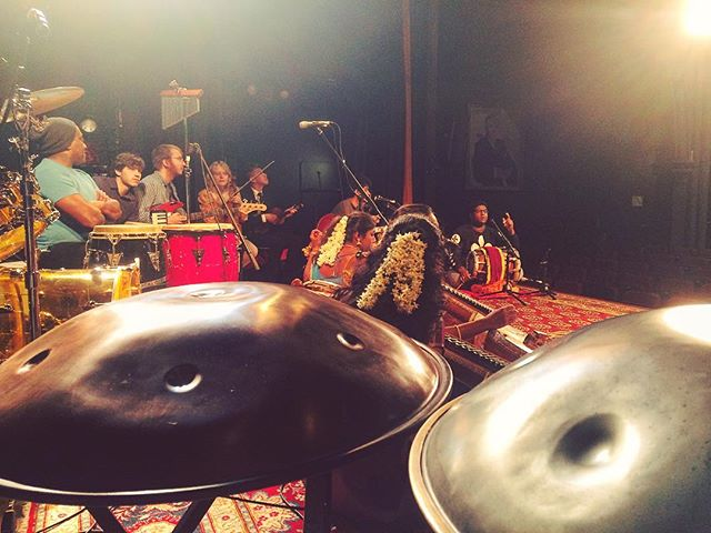 Sound check yesterday at @bhavanlondon  #konnakol #classicalmusic #carnatic #carnaticmusic #india #indian #indianmusic #indianclassical #music #worldmusic #percussion #percussionist #handpercussion #drumming #drummer #instamusic #instapan #Music #Musician #panmusic #newmusic