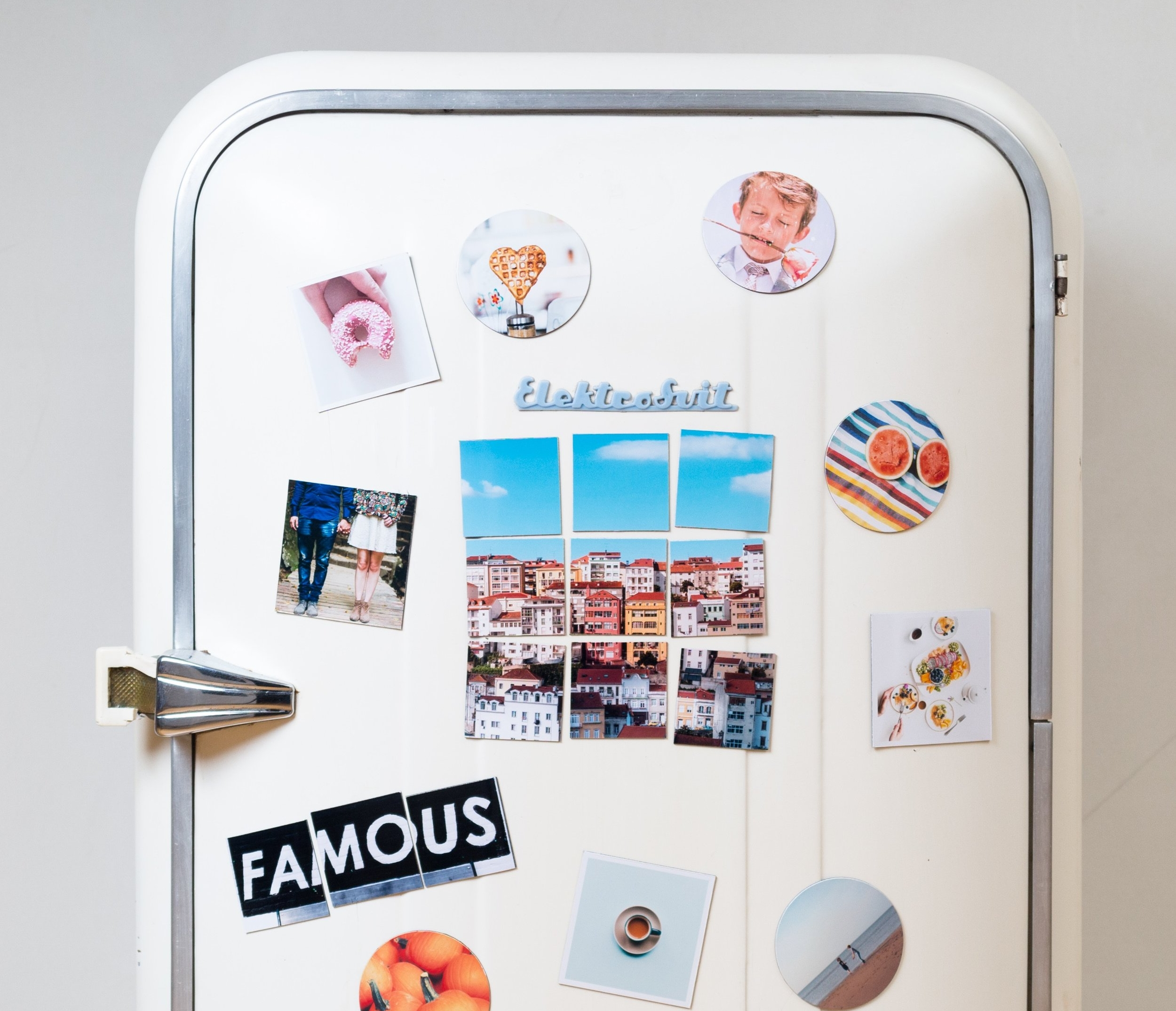 - Guests stick your event photo magnets on their fridge (or any metallic surface). It's like your event never ended...