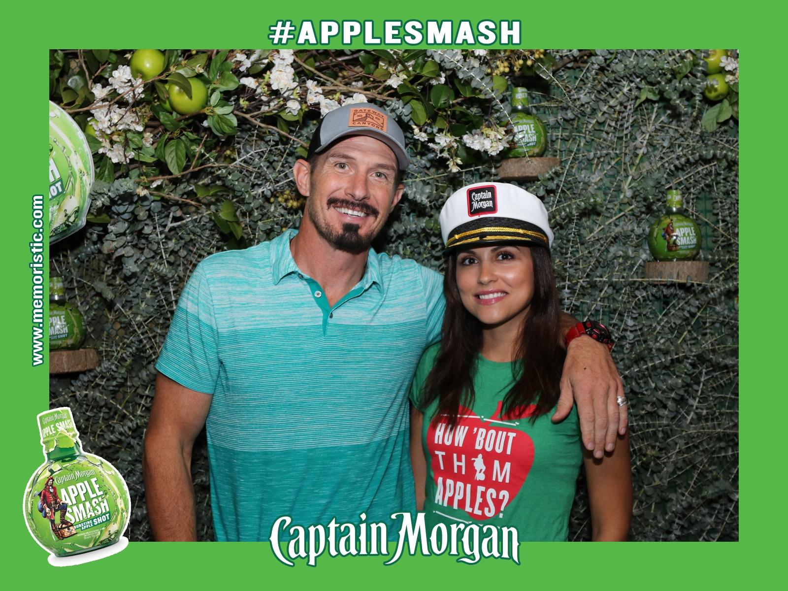 Captain Morgan Magnet Photographer Memoristic.JPG