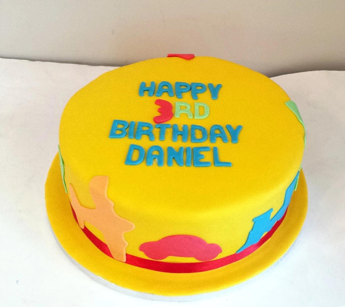 Yellow Transports Birthday Cake CC07