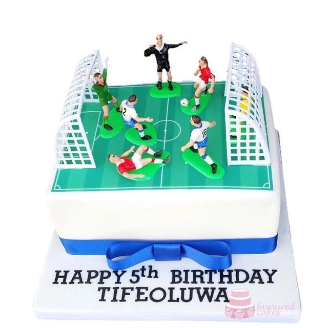 Football Pitch Cake FBP2
